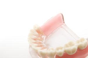 あなたの入れ歯、不満はありませんか?